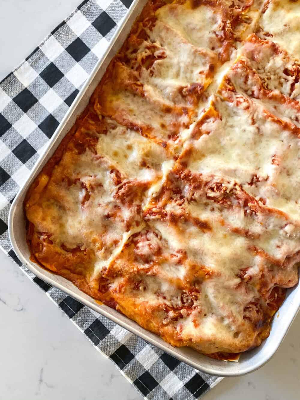 easy lasagna recipe in baking dish