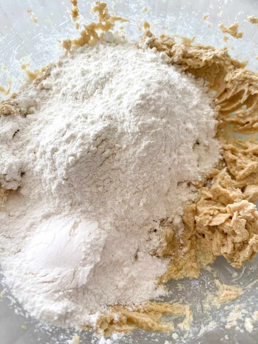 dry ingredients in mixing bowl for cheesecake bars